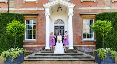 bride-arrivalAndy-Davison-Photography-516