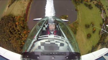 novelty-2012-Oct-Wedding-Aerobatic-Display