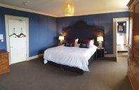Navigation Blue-Room-Web-Size