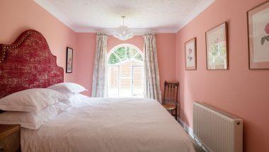 AH Lodge Bedroom DSC_7494